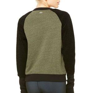 Alo Yoga NAVY Deck Long Sleeve Top